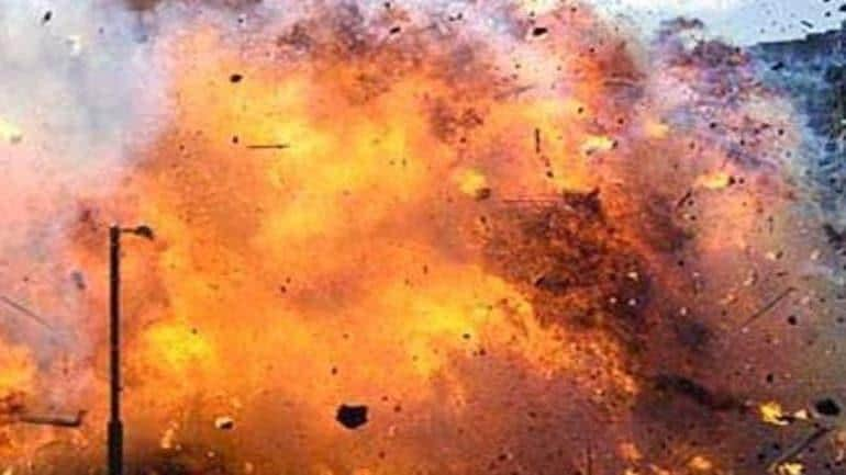 bomb-blast-story-